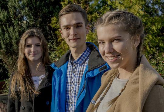 Twórcy The Show. Od lewej: Pola Jelińska, Kamil Bogusz i Zofia Wnuk. Fot. Marcin Maziarz