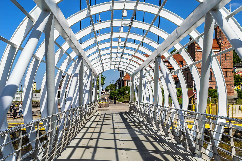 Ruchomy most wyznacza rytm życia. Fot. Marcin Maziarz