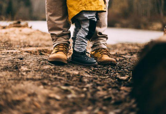 Pracujący rodzice, trzymajmy się! ;) Fot. Daiga Ellaby/Unsplash