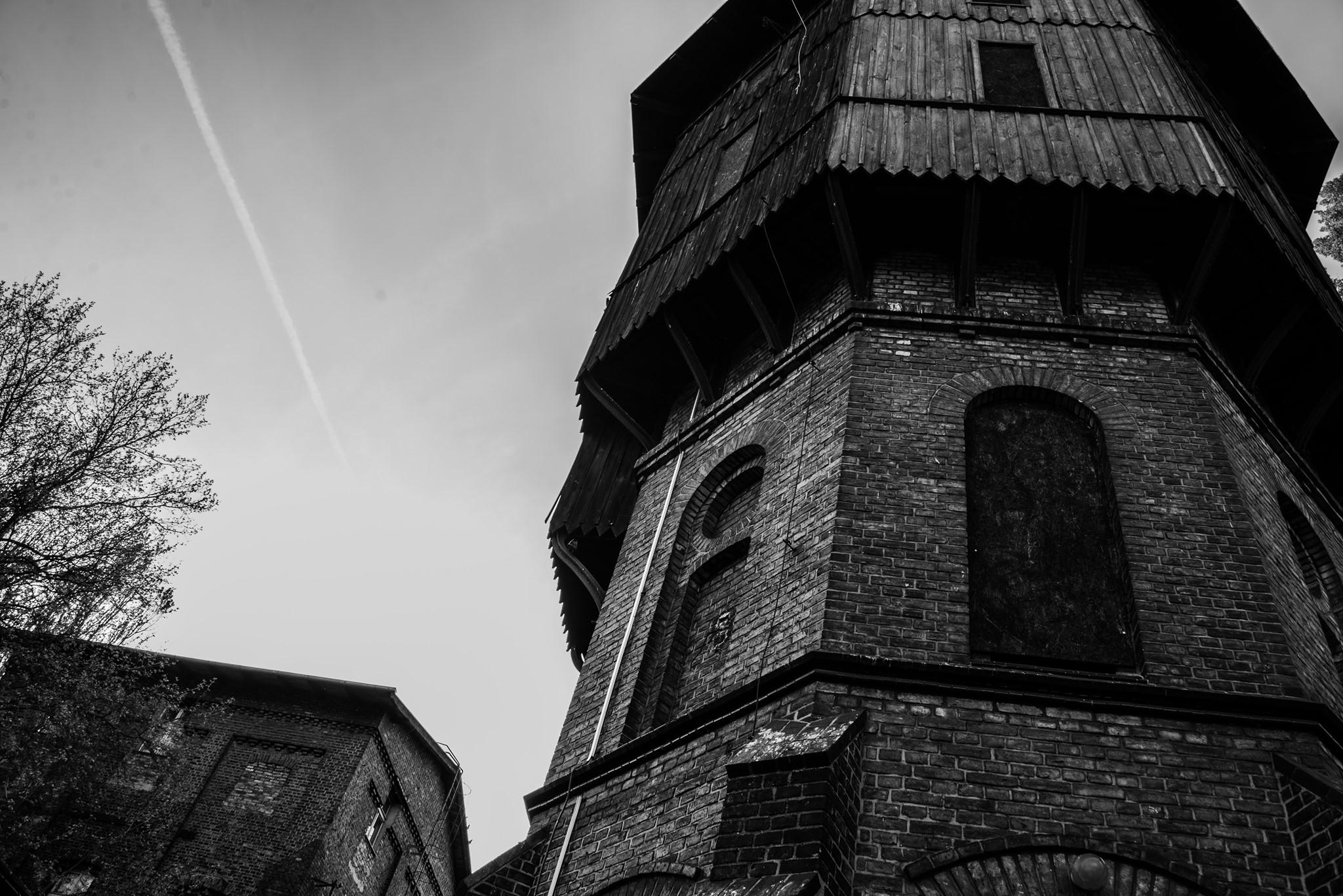 Stare zabudowania kolejowe. Fot. Justyna Smoguła