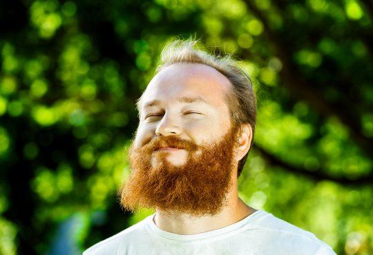 W niedzielę wystawiamy twarze do słońca. Fot. Chroma Stock