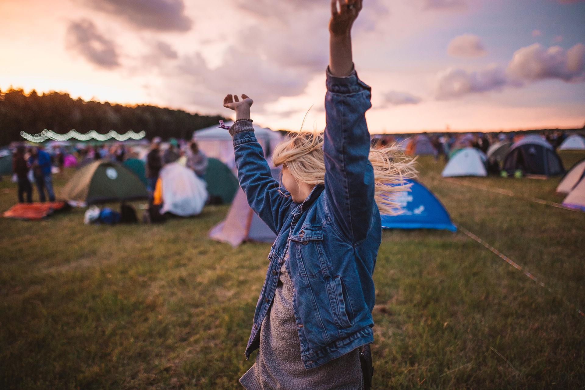 Nad Gwdą i Notecią wracają letnie festiwale. Fot. Krists Luhaers/Unsplash