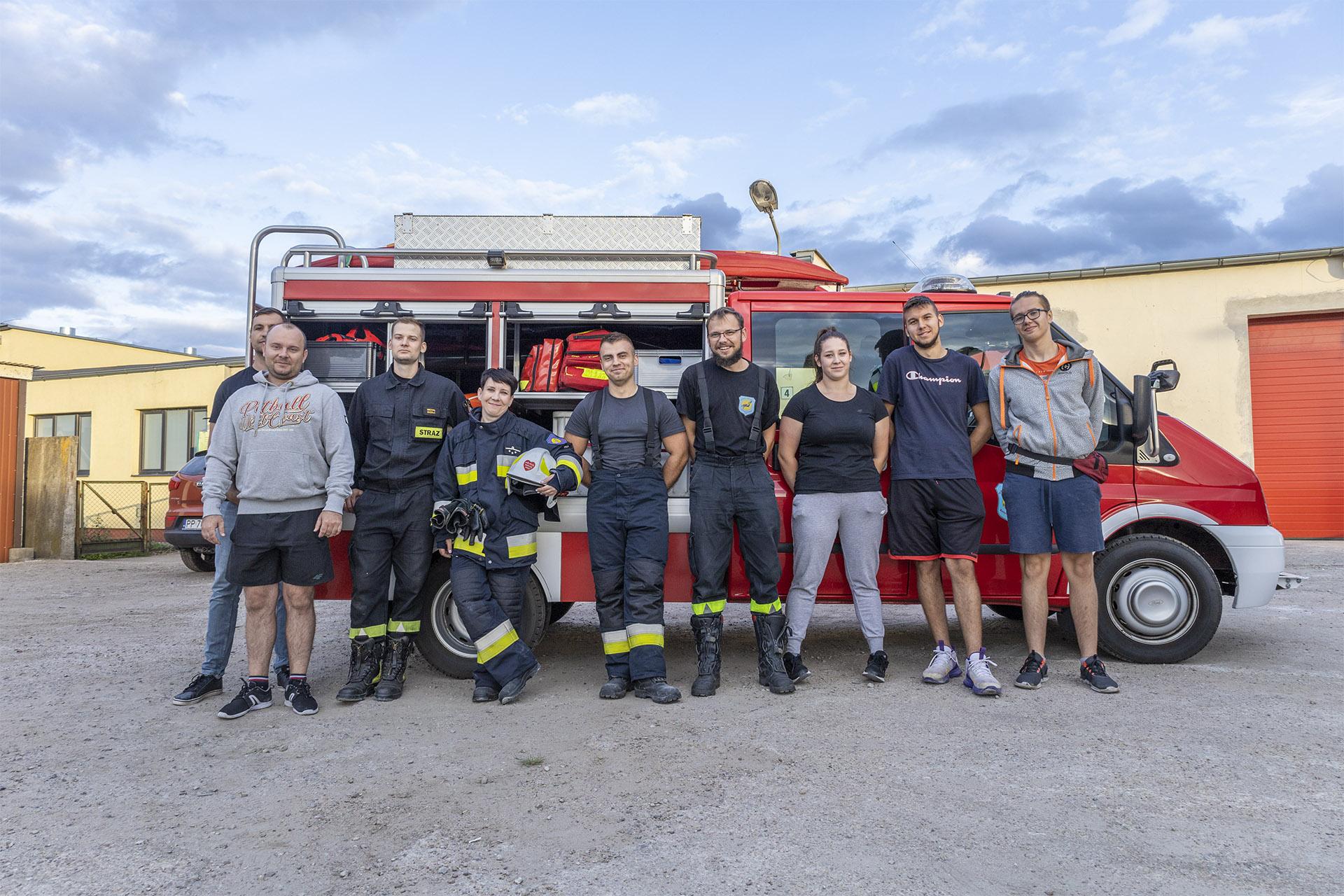 Strażacy i kandydaci OSP RW w Pile. Fot. Marcin Maziarz